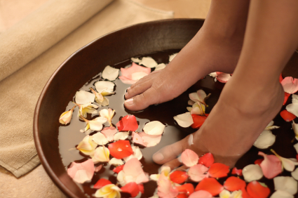 Chamomile, Peppermint or Rose Foot Bath