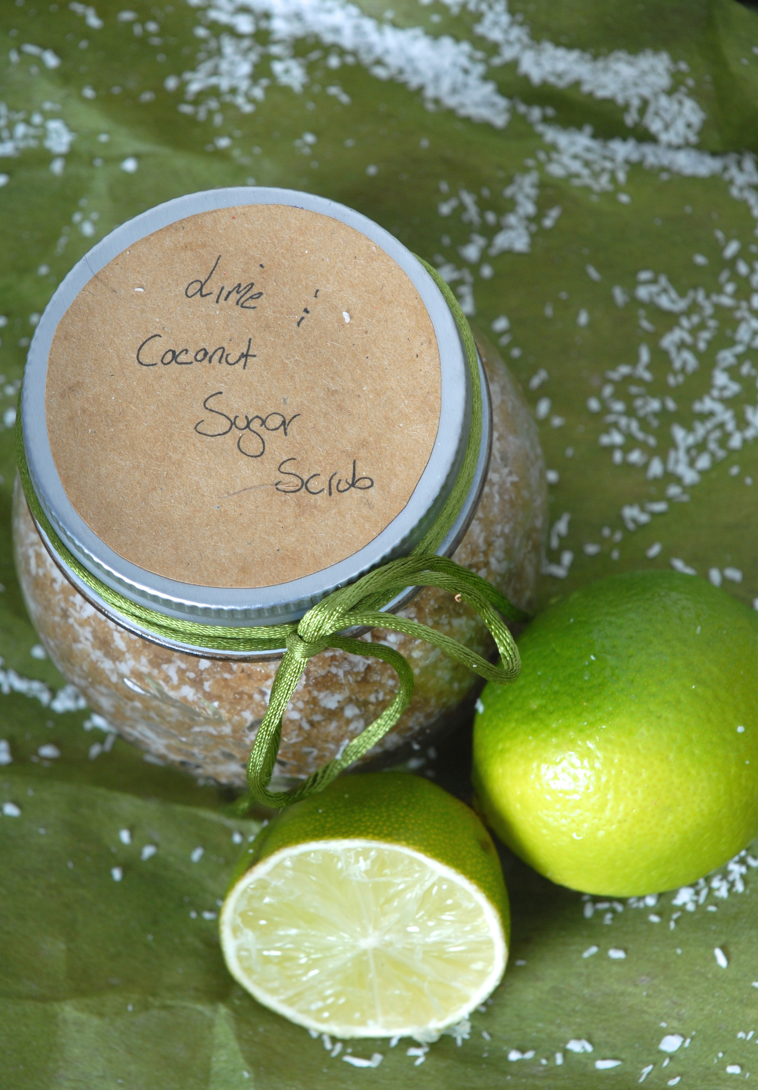 Natural DIY Happy Lime & Coconut Sugar Scrub