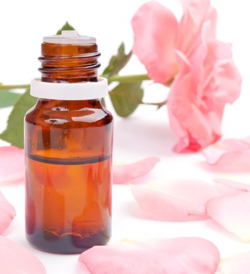 Health Benefits of Rose Essential Oil